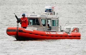 خفر السواحل الأمريكي يحاول إنقاذ أكثر من 30 شخصا على متن سفينة مشتعلة قبالة كاليفورنيا