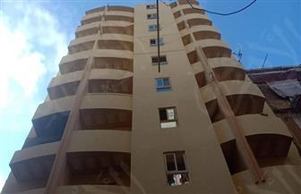 لجنة فنية من هندسة الإسكندرية لمعاينة عقاري محرم بك المتصدعين