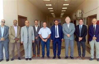 رئيس جامعة أسوان يلتقي مع وفد  مركز التميز للمياه الممول من المعونة الأمريكية |صور