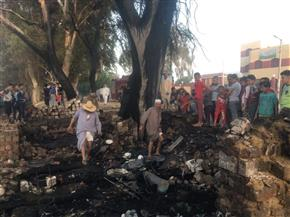 لجنة لحصر خسائر حريق قرية القصر | صور