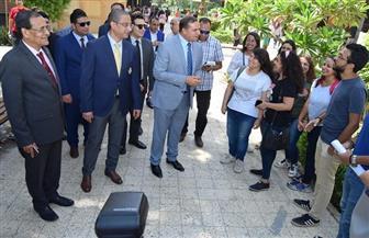 محافظ سوهاج ورئيس الجامعة يتفقدان انتظام العملية التعليمية بالمدارس | صور