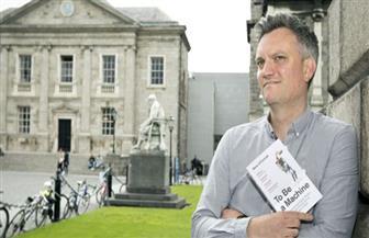 """""""أن تصبح آلة"""" لمارك أوكونيل يفوز بجائزة الأدب الأيرلندي"""