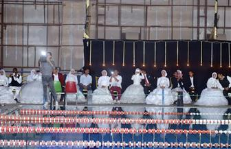 حفل زفاف جماعي لـ50 عروسا في سوهاج ومؤسسة تنموية تقدم 20 منحة لإقامة مشروعات للشباب| صور