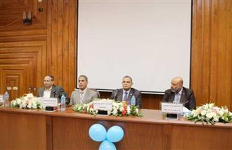 رئيس جامعة كفر الشيخ يشهد حفل استقبال الطلاب الجدد بكلية الصيدلة | صور