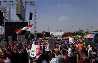 الجماهير تواصل زحفها للمنصة في مشهد كرنفالي وطني في حب مصر| صور
