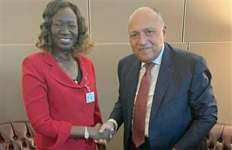 سامح شكري يلتقي وزيرة خارجية جنوب السودان لبحث تعزيز العلاقات الثنائية