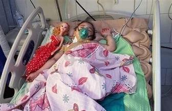 """أهالي قرية بساط كريم الدين يشيعون جثمان الطفلة """"جنة"""" ضحية تعذيب جدتها"""
