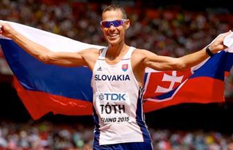 بطل العالم في المشي ينسحب من بطولة القوى بسبب الحرارة
