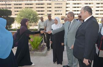 رئيس جامعة الأزهر يفاجئ المدينة الجامعية للطالبات بزيارة صباح اليوم | صور