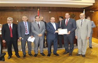 بالأسماء.. تكريم الفائزين بجائزة الإشارات المرجعية بجامعة طنطا | صور