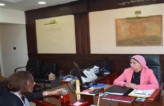 نائبة المحافظ تناقش سبل تطوير منظومة النظافة بالبحر الأحمر | صور