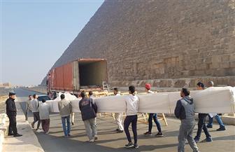 المتحف المصري الكبير يستقبل 331 قطعة أثرية ومركب خوفو الثانية | صور