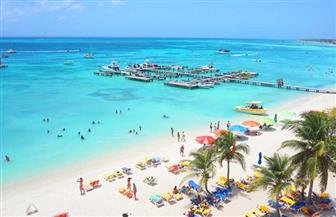 ما حقيقة فرض رسوم استخدام الشاطئ على الشاليهات الساحلية؟