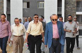 """نائب رئيس """"المجتمعات العمرانية"""" يتفقد المشروعات المختلفة بالقاهرة الجديدة  صور"""