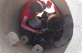 تجديد مطابق الصرف الصحي بالطريق الصحراوي غرب الأقصر بعد تعرضها للكسر صور