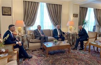 وزير التجارة العراقي وسفير العراق بالقاهرة يلتقيان مع الأمين العام لجامعة الدول العربية