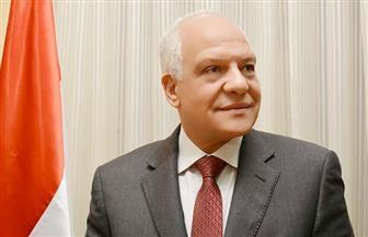 محافظ الجيزة يقيل نائب رئيس حى الهرم ويجازى 8 من مديرى النظافة