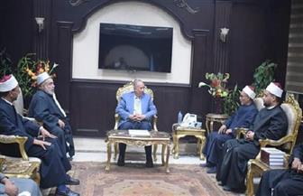 محافظ البحر الأحمر يبحث متطلبات الدعوة مع رئيس لجنة الفتوى بالمحافظة