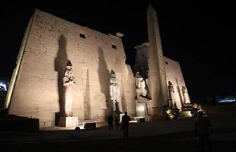 إزالة مجسم مفتاح الحياة المقلد من أمام معبد الأقصر