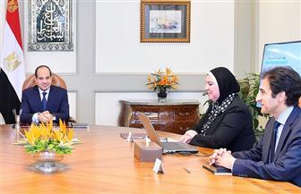 تفاصيل اجتماع الرئيس السيسي مع مدبولي ورئيس جهاز تنمية المشروعات الصغيرة والمتوسطة| فيديو