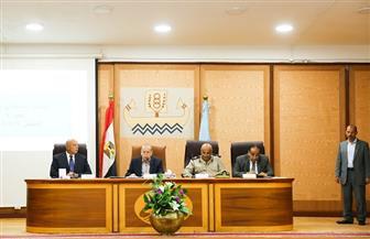 محافظ كفرالشيخ يناقش عددا من القرارات والموضوعات بالمجلس التنفيذي الشهري | صور