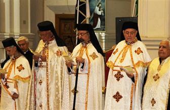 احتفالات الكنيسة الكاثوليكية بالعام الجديد.. صلوات قداس رأس السنة تملأ الكنائس واستقبال المهنئين