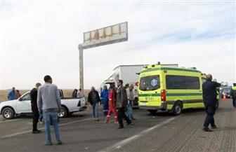 مصرع وإصابة 4 أشخاص في حادث انقلاب سيارة ملاكي برأس غارب| صور