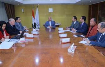 وزير النقل يتابع خطة تطوير نادي السكة الحديد الرياضي