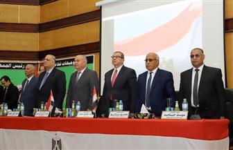 وزير القوى العاملة يلتقي القيادات النقابية في قنا والأقصر لبحث المشكلات التي تواجههم