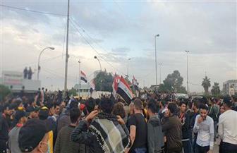 متظاهرون يحاصرون مبنى شرطة البصرة ويطالبون بإطلاق سراح المعتقلين