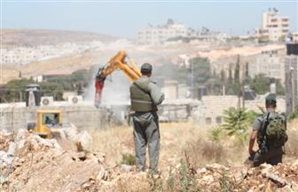 الاحتلال الإسرائيلي يخطر بهدم منازل عائلات 3 أسرى