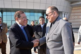 محافظ أسيوط يستقبل وزير البترول لتفقد المشروعات الجديدة بمعامل التكرير| صور