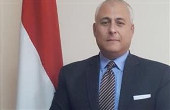 سفير مصر لدى سلطنة عمان: السلطان قابوس مثل منظومة قيم حظيت بتقدير شعبه وأمته والعالم