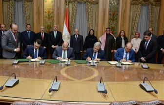 """""""العصار"""" و""""الجزار"""" يشهدان مراسم توقيع اتفاق تأسيس شركة لإنتاج الأنابيب"""