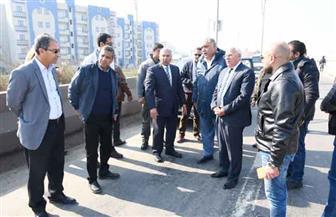 وزير النقل ومحافظ بورسعيد يتابعان سير العمل في ازدواج كوبري 6.5 على الطريق الدولي الساحلي | صور