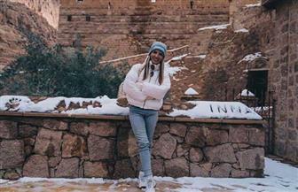 روسية تلتقط صورا لتساقط الثلوج في سانت كاترين وتجذب سياح العالم | صور