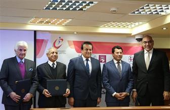 ننشر تفاصيل حصول مصر على حق تنظيم بطولتي العالم للجامعات للإسكواش ٢٠٢٢ | صور