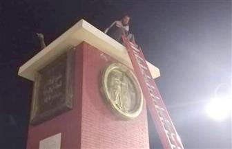 """رفع تمثال """"لاعب الكرة"""" من أمام بوابة استاد الإسكندرية   صور"""