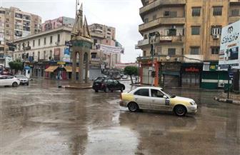 """كفر الشيخ تتعرض لأمطار متوسطة الشدة.. والأمواج توقف الصيد في """"المتوسط"""" و""""البرلس"""""""