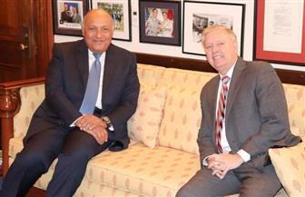 وزير الخارجية يلتقى بالسيناتور الجمهوري ليندسي جراهام   صور