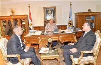 محافظ أسيوط يلتقي وفد برنامج التنمية المحلية لصعيد مصر |صور