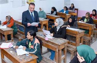 محافظ الإسكندرية يتفقد لجان امتحانات الشهادة الإعدادية.. والتعليم: لا شكاوى |صور