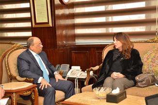 وزير التنمية المحلية يلتقي مدير الهابيتات لبحث آفاق التعاون المشترك بين الجانبين