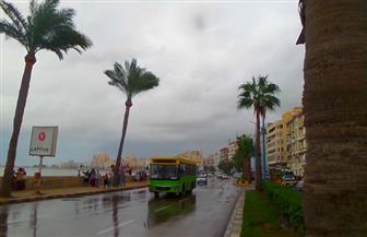 في ثالث أيام الفيضة الكبرى.. أمطار غزيرة تضرب الإسكندرية.. والملاحة البحرية لم تتأثر