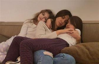 """في أول ظهور لها برفقة بناتها بعد الحادث.. نانسي عجرم: """" انتوا الدني وبروحنا بنحميكن"""""""