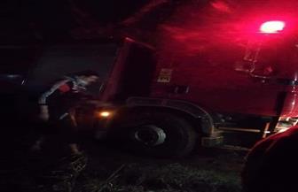 بسبب تعثر سيارة الحماية المدنية في الطريق لغزارة الأمطار.. النيران تلتهم محتويات منزل بالغربية| صور