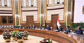 الرئيس السيسي يستقبل وفدا من أعضاء مجلس المديرين التنفيذيين للبنك الدولي | صور