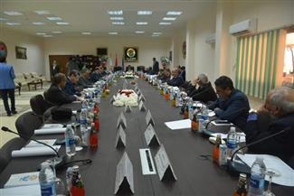 رئيس جامعة الأقصر يشارك في اجتماع المجلس الأعلى للجامعات بأسوان