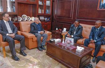 سفير تنزانيا في ضيافة الجامعة المصرية - اليابانية | صور