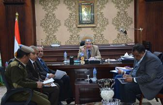 محافظة المنيا توقع 909 عقود لتقنين أوضاع أراضي أملاك الدولة